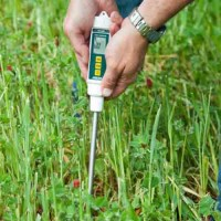 "Extech MO750 Digital Soil Moisture Meter with 8"" Probe"